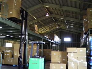 気和商運輸第二物流センター内部